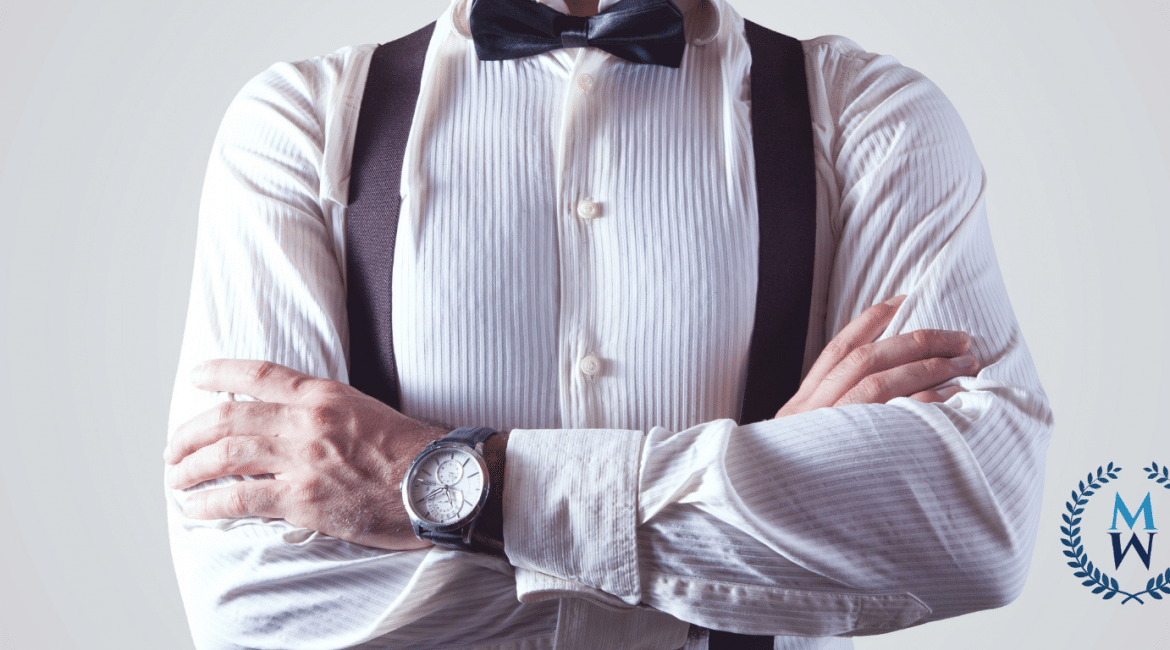 picture of well dressed man's torso