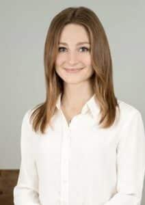 laura stewart portrait